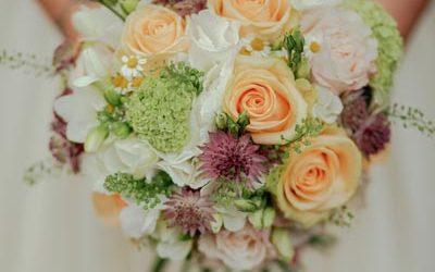 ¿Cómo elegir el mejor ramo de novia?