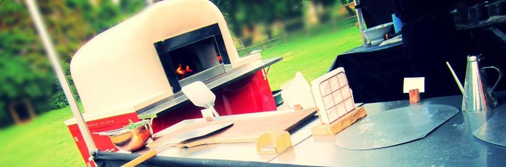 Horno de leña para pizzas.
